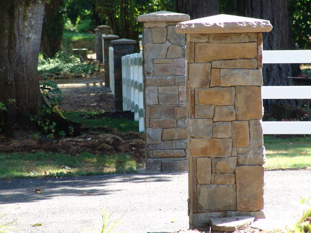 Traditional Home Fencing And Gates by Brown Bros. Masonry