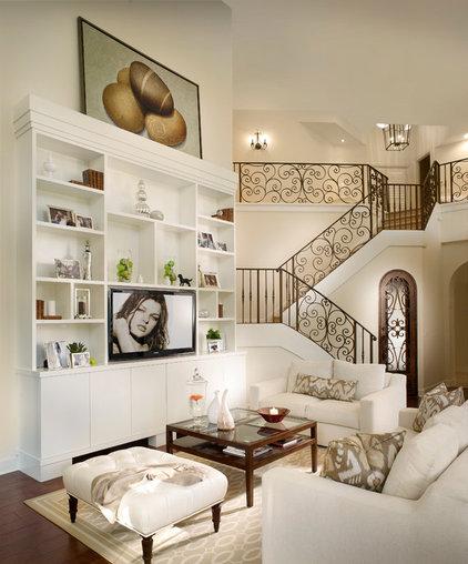 Mediterranean  Mediterranean Living Room