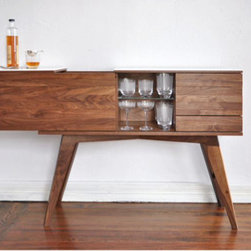 Urbancase Sidebar (walnut) - May I get you a Sidecar from my Sidebar?