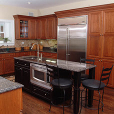 Traditional Kitchen by Kevin Thomas Construction