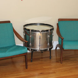 bass drum table -