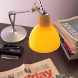 Luxy T1 Table Lamp By Rotaliana Lighting - Luxy from Rotaliana.