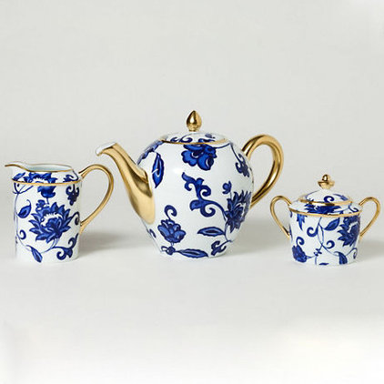 traditional serveware Bernardaud Prince Bleu Tea &amp; Coffee Service
