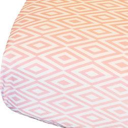 Oliver B - Pink and White Diamond Crib Sheet - Pink & White Diamond Crib Sheet