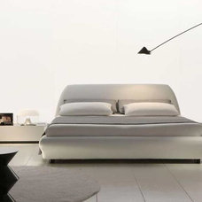 Modern Beds Downtown Leather Platform Bed By Rossetto