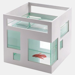 'Fish Hotel' Stackable Fish Bowl - Even your goldfish can live large in this super sleek fish bowl!