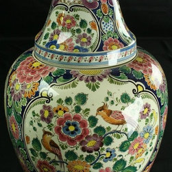 Velsen - Large Consigned Vintage 1940 Majolica Ginger Jar from Holland - Product Details