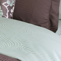 Plush Living - Peacock Duvet Set