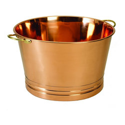 Old Dutch International - Round Copper Party Tub - 7¾ Gallon Décor Copper Party Tub. Serve beverages at your next event or party in style!  This large round tub is perfect for filling with ice and serving cold bottled or canned drinks.  The shining copper lends an element of class to any event. Non-tarnish finish. Two side handles.