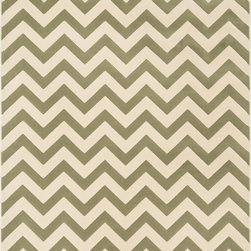 """Loloi Rugs - Loloi Rugs Goodwin Collection - Ivory / Sage, 2'-8"""" x 7'-7"""" - Go bold with the big graphic patterns featured in the Goodwin Collection. Power loomed in Turkey of 100% polypropylene, expect amazing color fastness from the resilient fiber and unparalleled durability from the densely packed yarns. Available in scatter, regular, round, and runner sizes."""