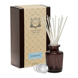 Frontgate - Shoreline Reed Diffuser - Rich amber and cedar scents, combined with orange blossom, muguet, lavender, and bergamot.