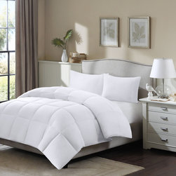 Madison Park - Madison Park Longford Cotton Supreme Dacron and Down Blend Comforter - The Longford Supreme Down Blend Comforter offers superior warmth and comfort. This quilt features a blend of down and Dacron branded fiber creating a lofty comforter.