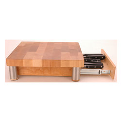 Miu France - Miu France Maple Cutting Board with Knife Storage - Beautifully designed, and crafted from maple, this Miu France wooden cutting board will take pride of place in your kitchen. The board has a built-in sliding knife tray for storage and is easily cleaned, making it a practical choice for any cook.