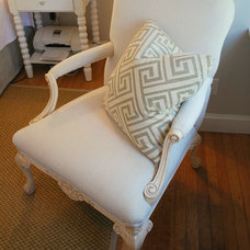Traditional Pillows by Michelle Jamieson Interiors / New England Style