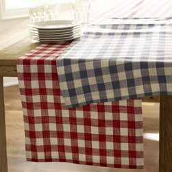 Gingham Check Table Runner - Gingham is an all-American pattern, and these table runners are a great way to incorporate the look without becoming too overwhelming. Perfect for sprucing up a picnic table.