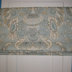 "Roman Shades - 50"" Flat roman shade in floral linen with cotton lining"