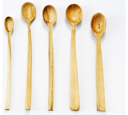 Contemporary Serving Utensils by nic webb