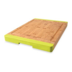 Berghoff - BergHOFF Professional Bamboo Chopping Board - Thanks to its rapid growth cycle and resilient properties, bamboo has established itself as a viable and sustainable alternative to wood.