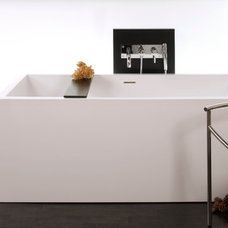 Modern Bathtubs by Montreal-Les-Bains