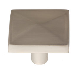 GlideRite - GlideRite 1.125-inch Satin Nickel Classic Square Pyramid Cabinet Knobs (Pack of - Dress up your cabinets by upgrading to these quality cabinet knobs by GlideRite Hardware. These knobs are a perfect addition or replacement for any kitchen or bathroom cabinet.