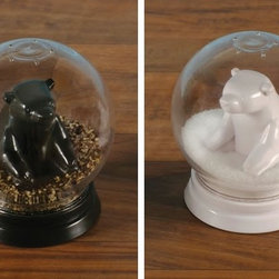 Snowglobe Salt and Pepper Shakers - Having bears in the house will seem like a very good idea with this sweet salt and pepper shaker set.