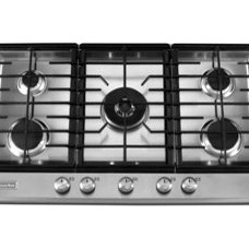 Cooktops by Oakville Kitchen and Bath Centre