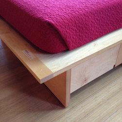 Platform Bed 98 -