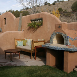 The Sorenson Family Wood Fired Brick Pizza Oven in Albuquerque - The Sorenson Family Wood Fired Brick Pizza Oven in Albuquerque.  This oven was built using the Mattone Barile Grande foam oven form.  For more pictures of this oven (and many more ovens), please be sure to visit - BrickWoodOvens.com