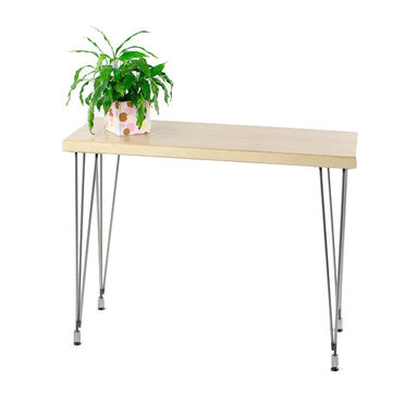 TruCraft Furniture - Laminated Baltic birch console table with hairpin 3-Rod Adjustable Legs - This unique console/hall table is made from multiple layers of top grade Baltic birch plywood laminated together. 3-rod adjustable legs add to the modern look.
