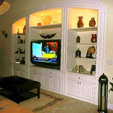 Traditional Family Room by Closet Tec Inc
