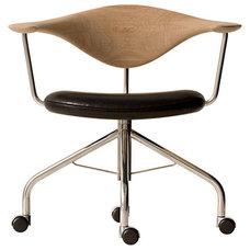 Modern Task Chairs by Danish Design Store