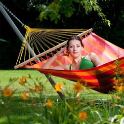 Gale Pacific Single Person Hammock with Timber Spreader Bar - Enjoy style and comfort in the Gale Pacific Single Person Hammock with Timber Spreader Bar. This hammock features a wide spreader bar for added comfort. Made from fully recyclable polypropylene, the vibrantly colored fabric is lightweight and quick-drying.