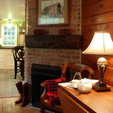 Traditional Living Room by DesignAnts LLC