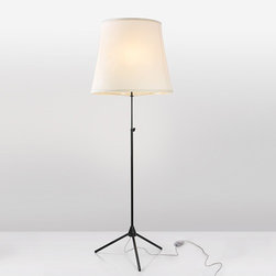 BLux - BLux | Adolight 2 Floor Lamp - Design by Jon Santacoloma.