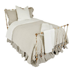 Hampton - Quilt - The diamond-stitched whole-cloth Hampton Quilt has the softly creased look of an heirloom coverlet that has seen service in a family for years, but its 100% certified organic linen fiber will hold up to use as the quiet, classic bedspread that completes your relaxing room.  Made with a tight, even stitch that separates the cloth into repeating segments, similar to the style of French quilting, this linen bed cover is available in white and flax to suit your personal style.