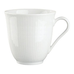Iittala Rorstrand Swedish Grace Mug 10oz Snow - A design classic in six colours. This tableware still evokes the same emotions as when it was unveiled at the Stockholm Exhibition in 1930. Louise Adelborg succeeded in conveying the sensation of ears of wheat swaying in the summer breeze.