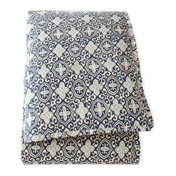 """French Laundry Home - Queen Floral Duvet Cover 96"""" x 98"""" - BLUE FLORAL - French Laundry HomeQueen Floral Duvet Cover 96"""" x 98""""Designer About French Laundry Home:French Laundry Home introduced by designer Debbie Jones in 2007 is a collection of bedding tabletop linens tabletop accessories and furniture that is evocative of vintage French textiles and furnishings. Every item in the collection is crafted in the United States by local artisans and craftsmen in North Carolina."""
