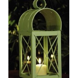 Williamsburg Travis House Lantern - This lantern has a classic look and would be terrific on a side table.