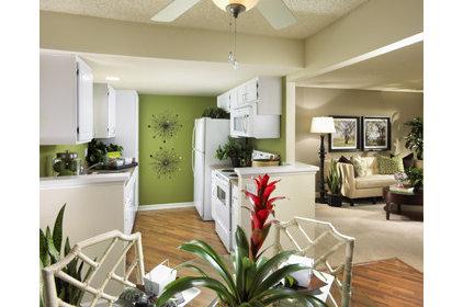 Eclectic Kitchen by greige/Fluegge Interior Design, Inc.