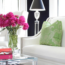 Contemporary  by Kellie Burke Interiors