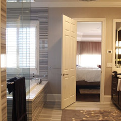 bathroom by Grainda Builders, Inc.