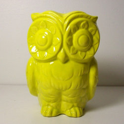 Ceramic Tiki Owl Planter Vintage Design In Star Fruit By fruitflypie - You don't always have to go big in order to make a bold statement. This ceramic owl planter would make a huge impact in any bathroom or kitchen nook.