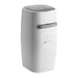 Litter Genie - Litter Genie Cat Litter Disposal System in White - This compact and portable cat litter disposal system with an easy-carry handle is perfect for small spaces and multiple cat litter box homes. Simple to use, the Litter Genie is ideal for disposing scoopable, clumping cat litter.