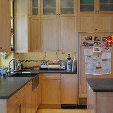 Contemporary Kitchen by Lim Design Studio, Inc
