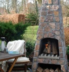 Outdoor Fireplaces, Fire Pits, and Chimeneas | Fireplace New Hampshire Blog