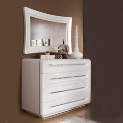 Casa Collection. Dresser white lacquered. Chrome. -