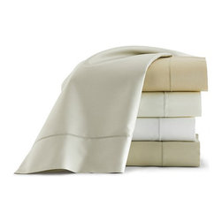 Frontgate - Soprano Sateen Flat Sheet - 420 thread count. 100% Egyptian cotton. Machine washable. Read about The Peacock Alley Story. Demonstrate your impeccable taste with our Soprano Bedding Collection by Peacock Alley. This smart bedding ensemble is supremely stylish, surprisingly soft and enhanced with a classic blanket stitch hem. Soprano fits with virtually any bedroom ensemble. . . . . Imported.