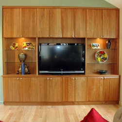 Craftsman Media Storage: Find TV Stands and Media Console Ideas Online