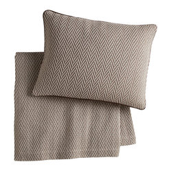 Peacock Alley - Veneto Blanket, Driftwood, Queen - Classic style and consummate comfort go together in this 100 percent Egyptian cotton blanket. The herringbone pattern in neutral hues will seamlessly suit your traditional bedroom décor. And the feel against your skin? Sublime!