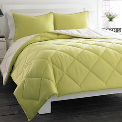 City Scene - City Scene Soft Green Reversible 3-piece Comforter Set - Freshen up your bedroom decor with this charming City Scene comforter and sham set,designed with solid soft green color. Machine washable for easy care,this on-trend comforter reverses to ivory to give you two looks in one.